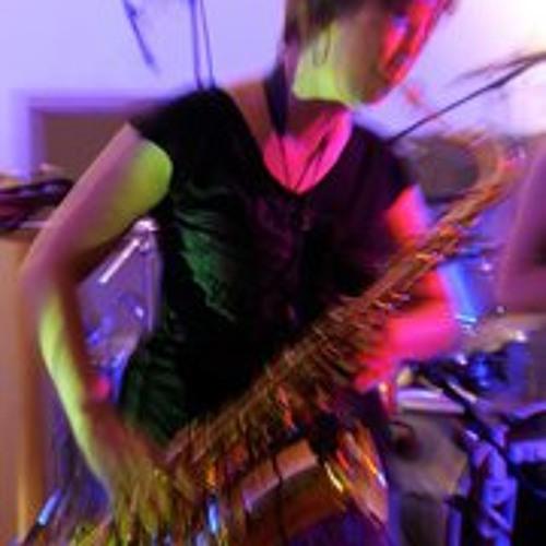 Sarah Mang's avatar