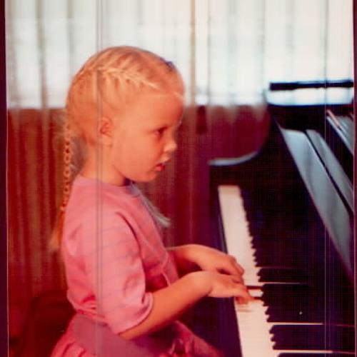 Hannah Backward's avatar