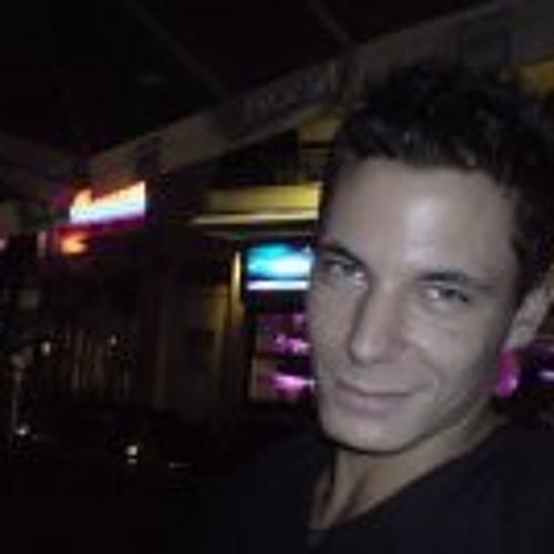 Victoras Cnd's avatar