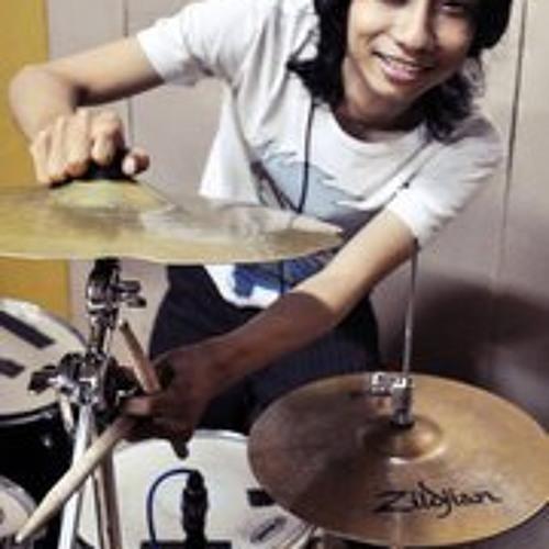 Lee Shinoda Rocha's avatar