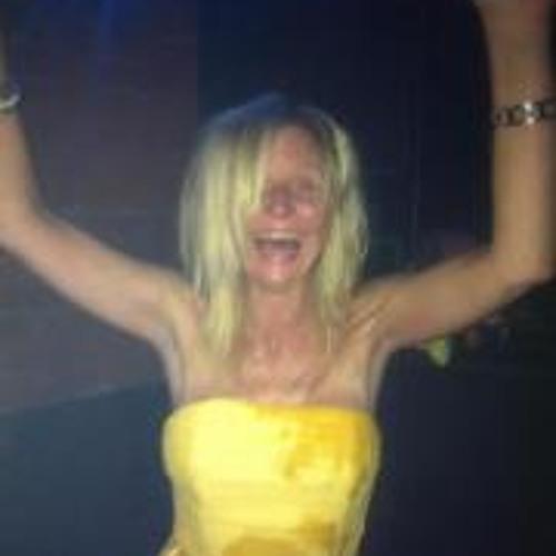 Denise Cruickshanks's avatar