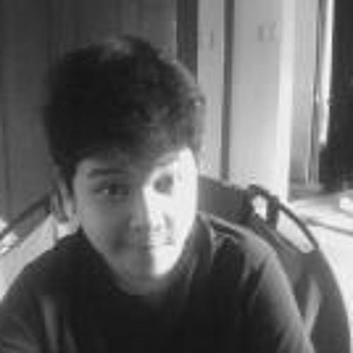 Renier James Guisadio's avatar