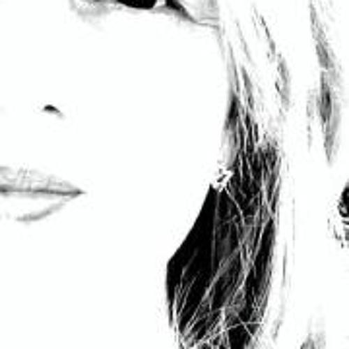 Heloísa Abdo's avatar