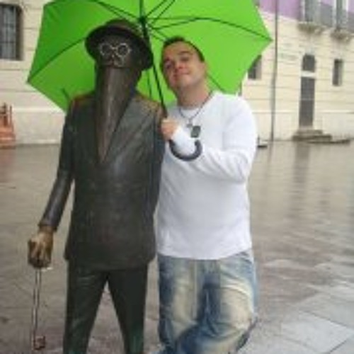 Angel Ramos Bolaños's avatar