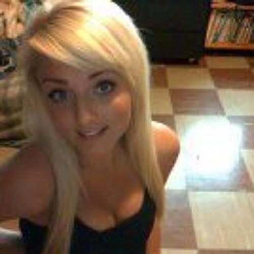 Jocelyn Christina's avatar