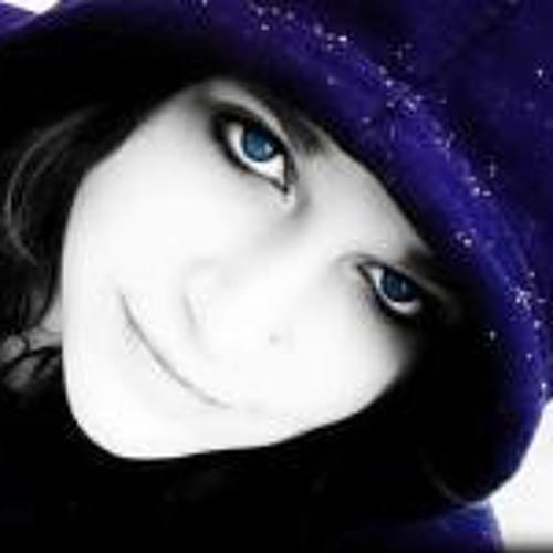 Krysten Villalores's avatar