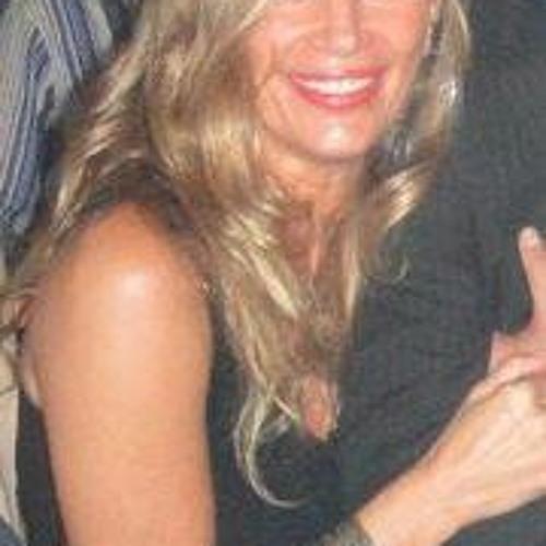 Esther Codina's avatar