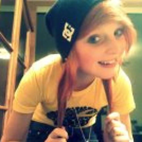 Giulie Rainbow's avatar