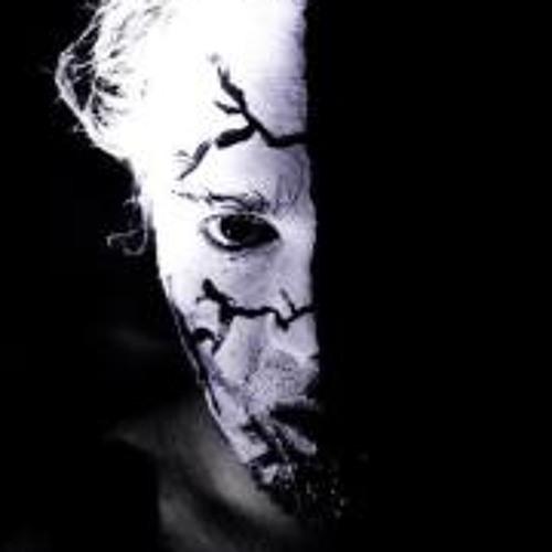 Luke Doust's avatar