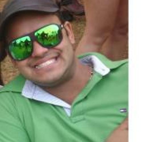 Rik Guimaraes's avatar