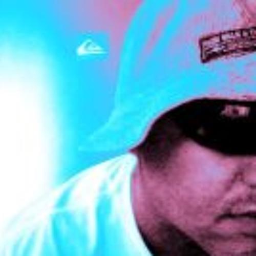 Tuka Mariano's avatar