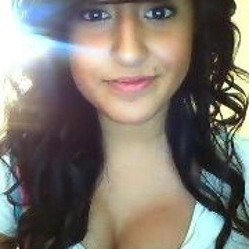 Alecia Heredia's avatar