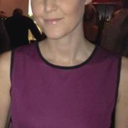 Emma Michelle Bennett's avatar