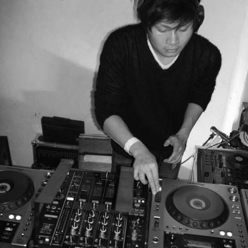 Yasufumi Morimoto's avatar