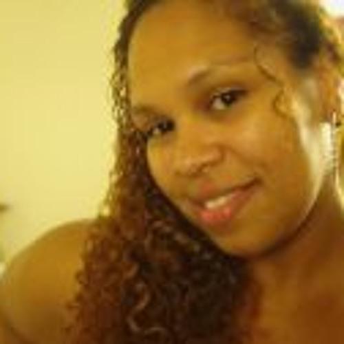 Elizabeth Chula's avatar