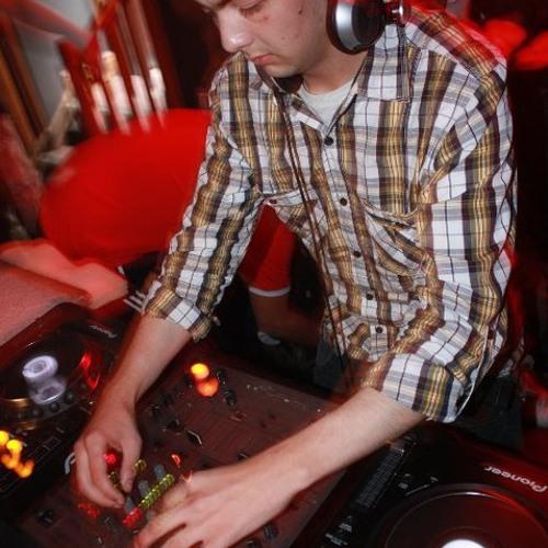 Justin Daniels ( Mix's )'s avatar