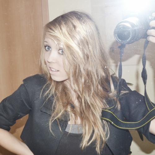 JanineXyzz's avatar
