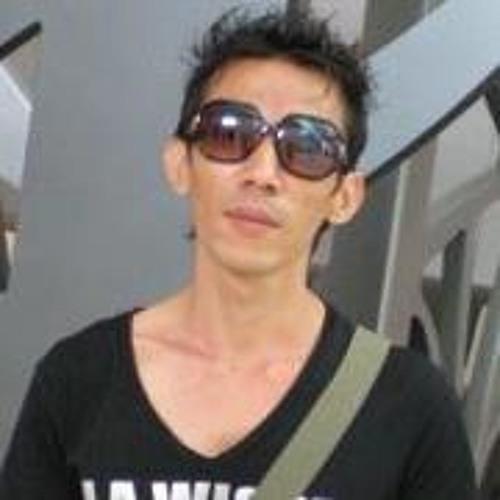 Mc Tan's avatar