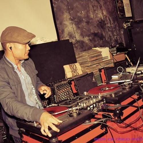 DJ F-PLUS's avatar