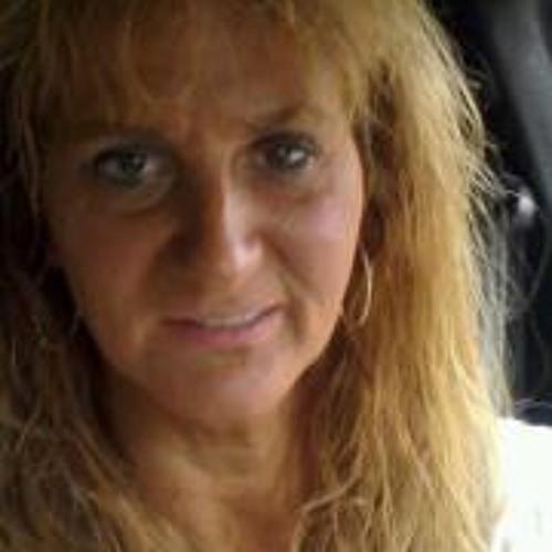 MaryAnn Stolburg's avatar