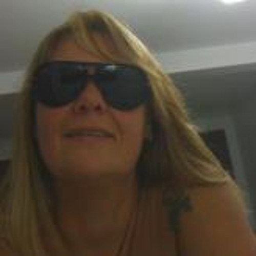 Luiza Mendes 1's avatar