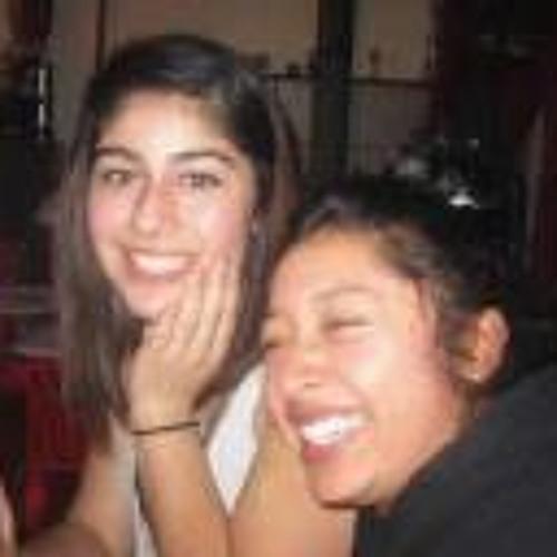 Leticia Flores's avatar