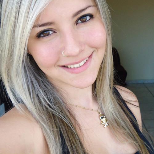 Juliana Rocha's avatar