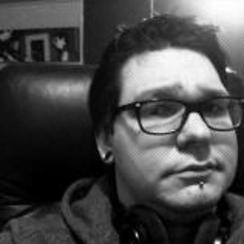 Dylan Lang's avatar