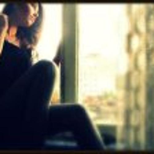 Teona Solescu's avatar