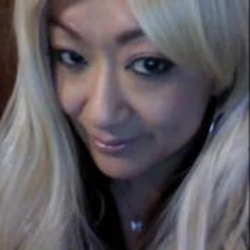 Sue Kae's avatar