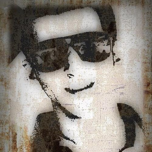 Luke Batt B's avatar