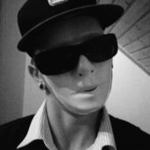 Ekze Kmk's avatar