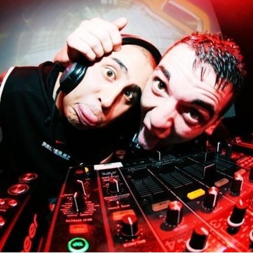 Swankie DJ & Kashi's avatar