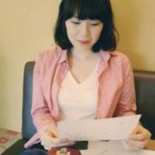 lizzyjiwonkim's avatar
