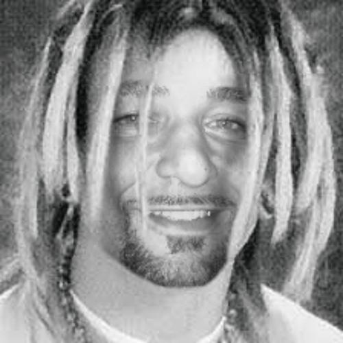 TITOF FARZALOUNI's avatar
