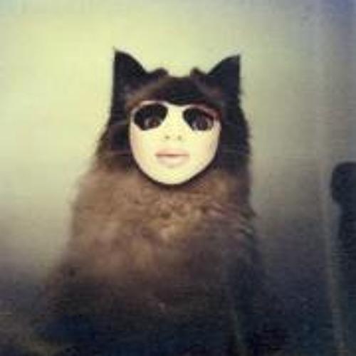 Roberta Sant'Anna's avatar