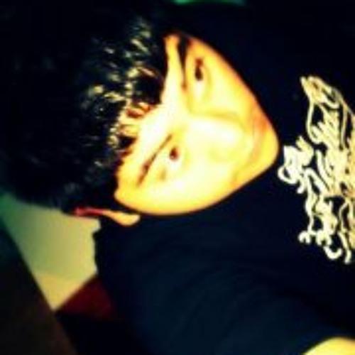 Victor J Arias's avatar