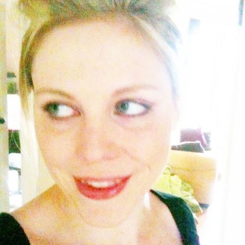 Annie Macfarlane's avatar