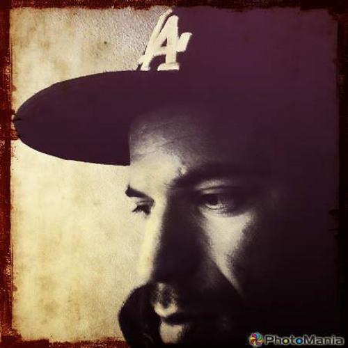B E L I X's avatar