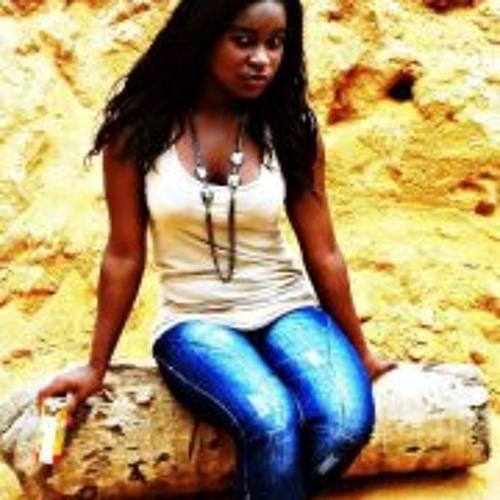 Daisy Gomes's avatar