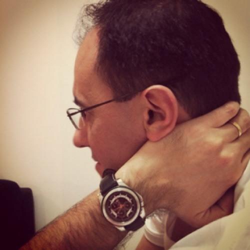 Denis Russo Carneiro's avatar