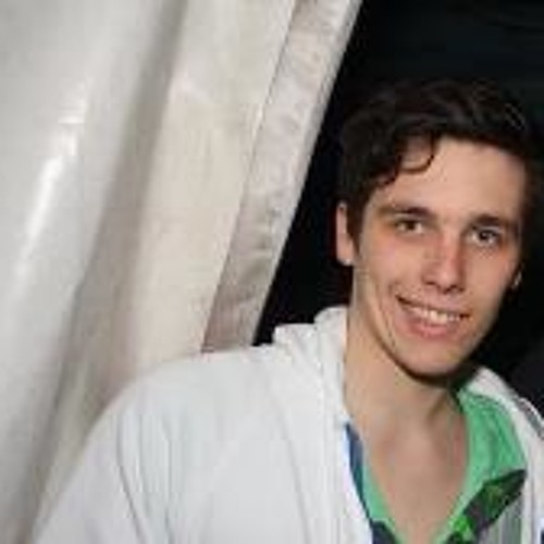 Lukas Grabinat's avatar