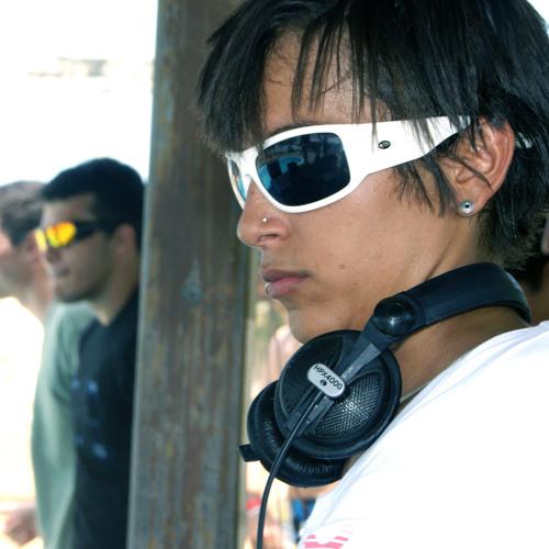 DJ Nara Almeida's avatar