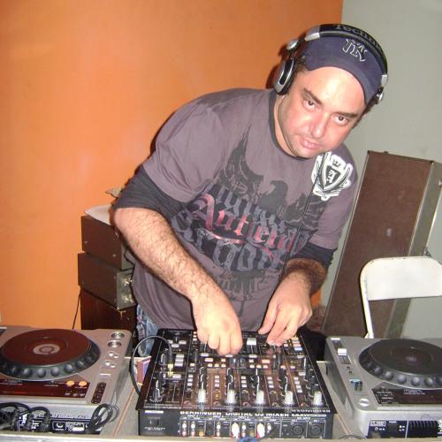 Dee Jay Ronaldo Boarotto's avatar