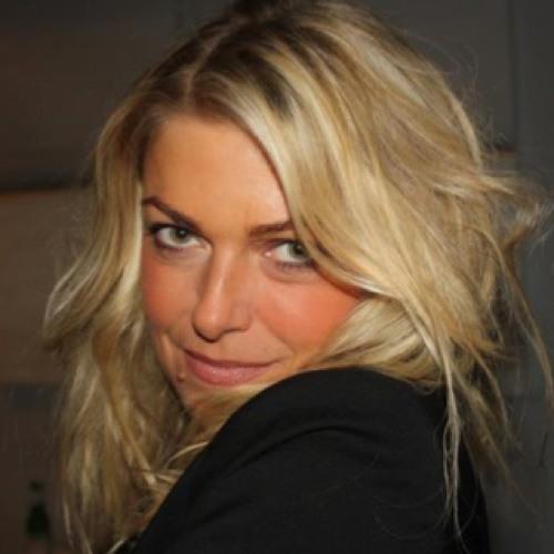 Charlotte Woodward's avatar