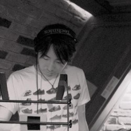 満-Mitsuru-JOE's avatar