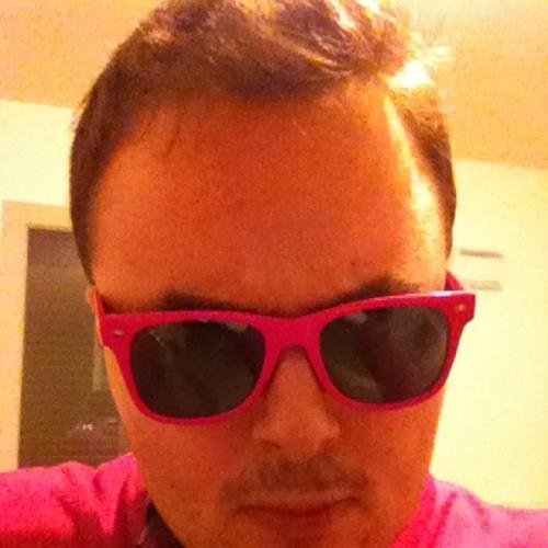Edgard-Makenzi's avatar