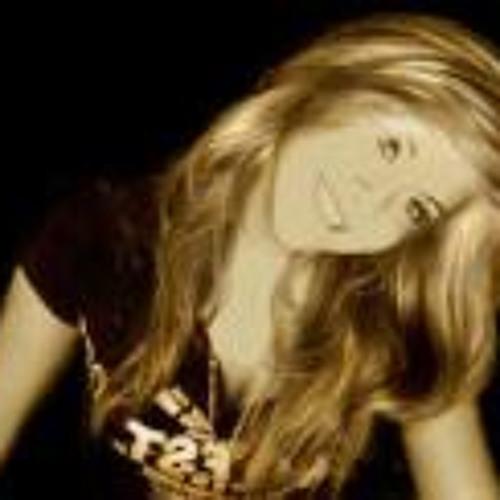 Elizabeth Walters's avatar
