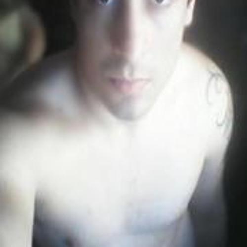 Victor Matias's avatar