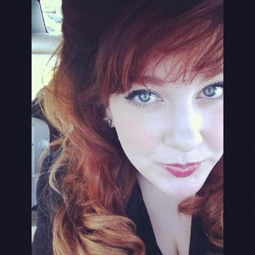 Hayley Paige's avatar